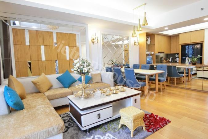 Luxury  apartment at a golden location in Cau Giay District